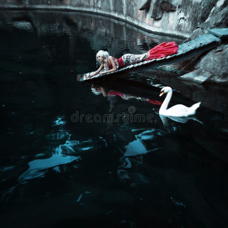 Mode de conte de fées. Sirène photographie stock libre de droits