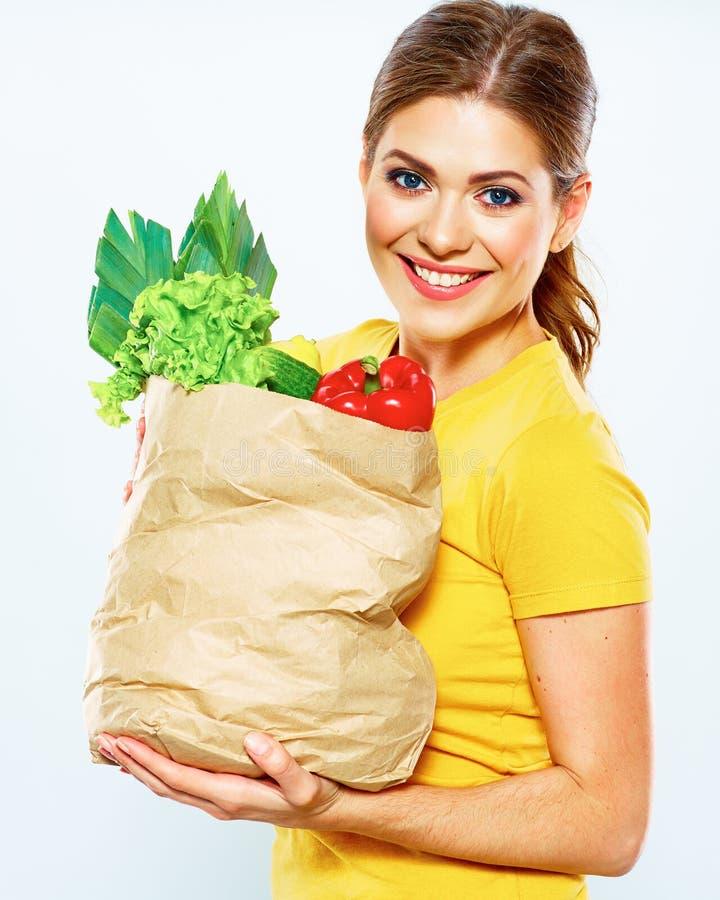 Mode de vie sain avec la nourriture verte de vegan Régime de vert de jeune femme photographie stock libre de droits