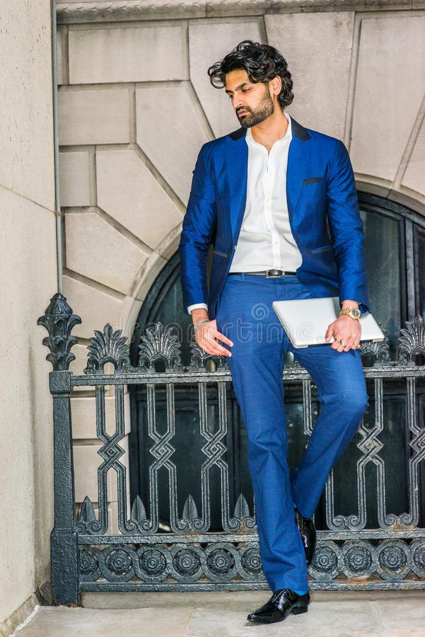 Young Man Business Casual Fashion In New York Fotografering