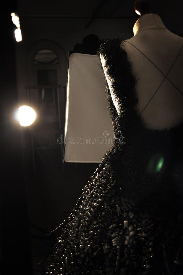 Mode, métal, studio, fond, éclair, robe, art photos libres de droits