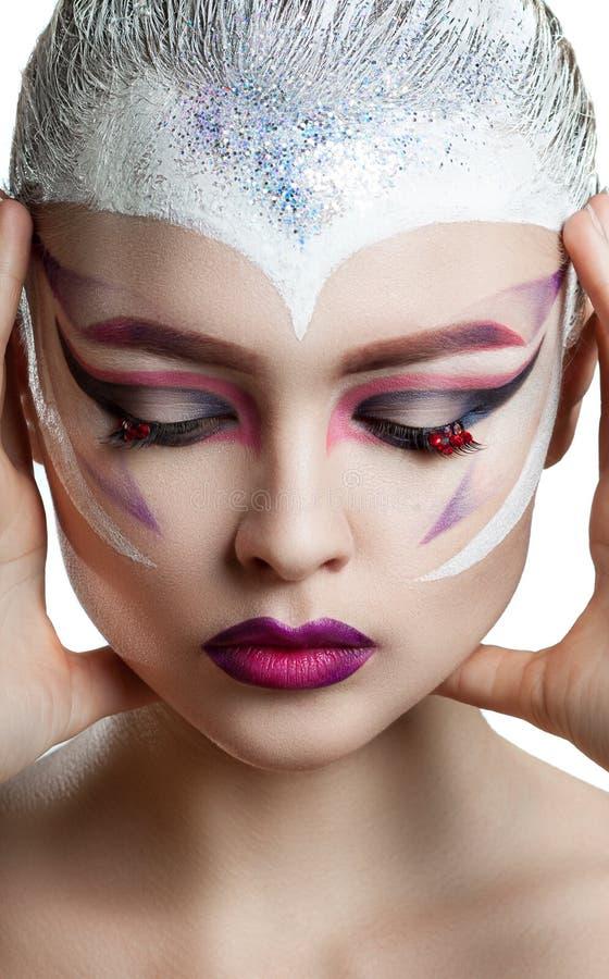 Mode-Modell Girl Portrait mit hellem Make-up stockbild