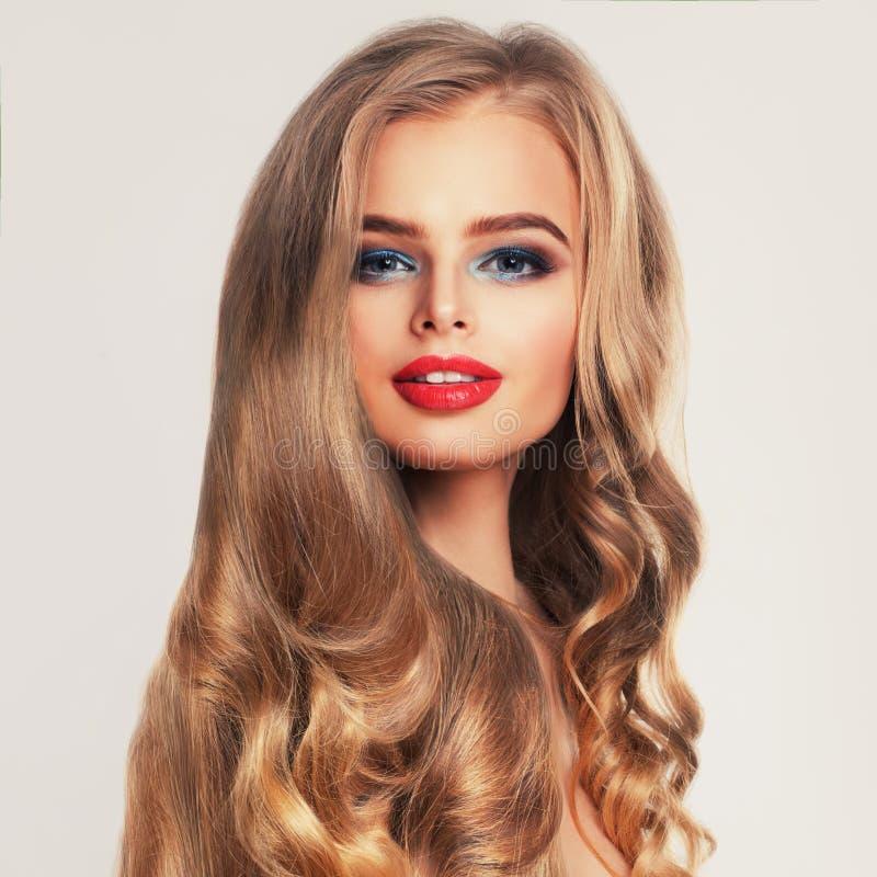Mode-Schönheits-Porträt des Schönheits-Modells stockfotos
