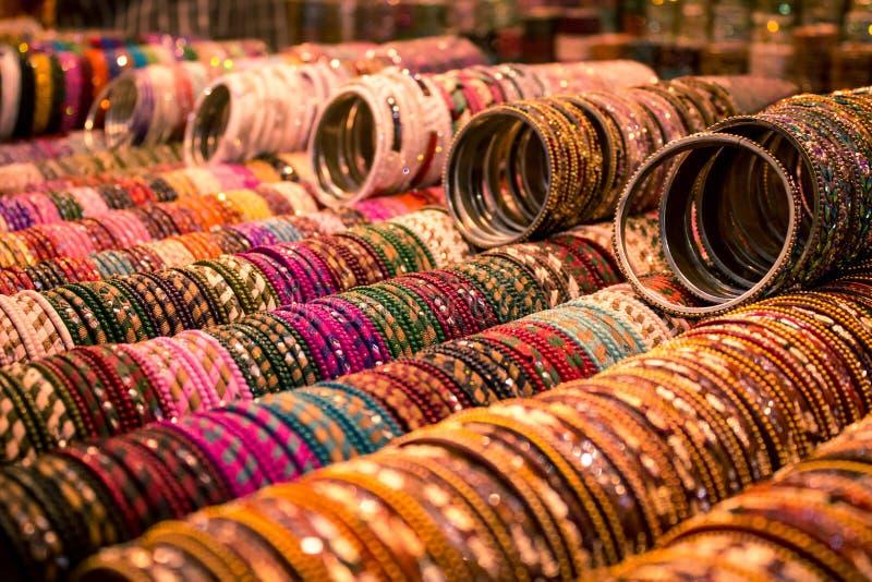 Mode-Schmuck - indische Armbänder stockfoto