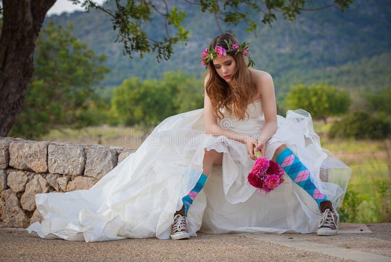 Mode spolad tonårig brud royaltyfri bild