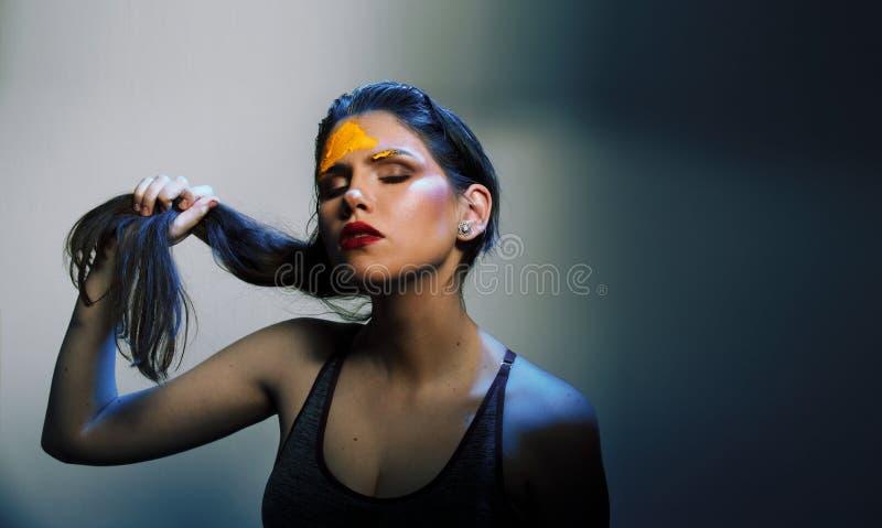 Mode tirée du beau femme photographie stock