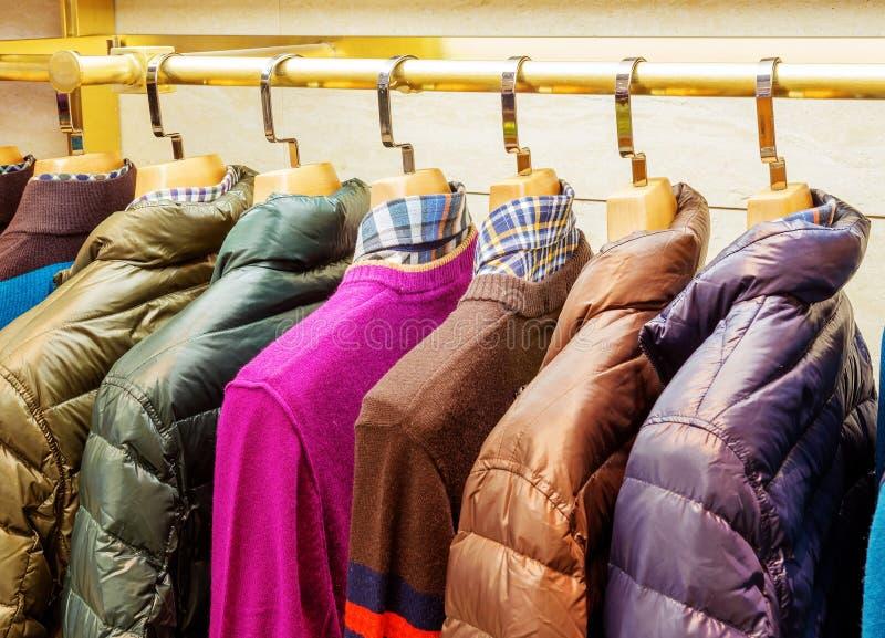 Mode tricotée et vestes image stock