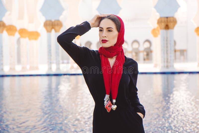 einzelne Mädchen in Abu Dhabi