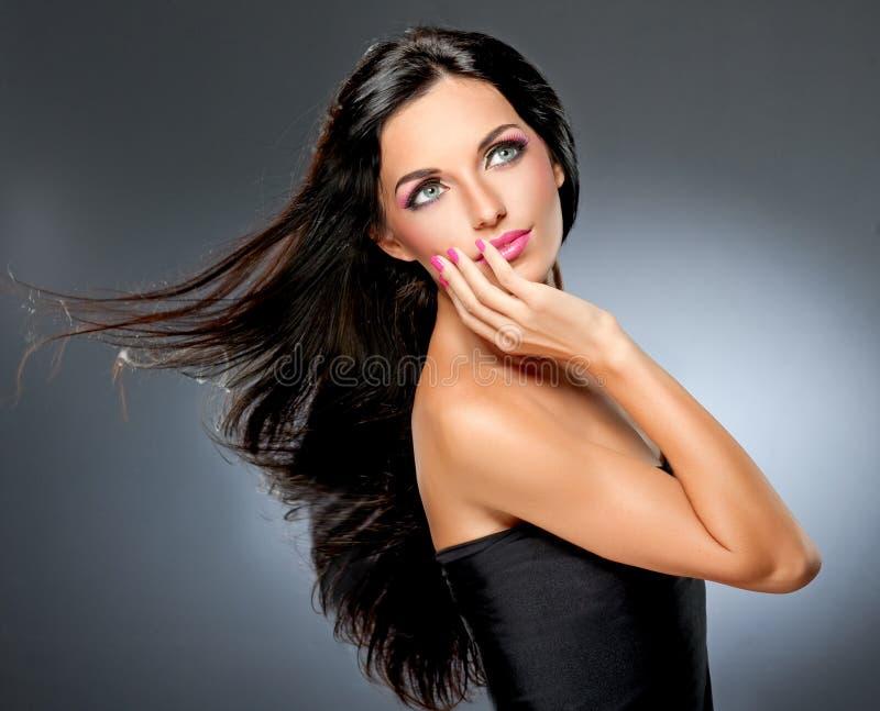 Model met vliegend haar royalty-vrije stock fotografie
