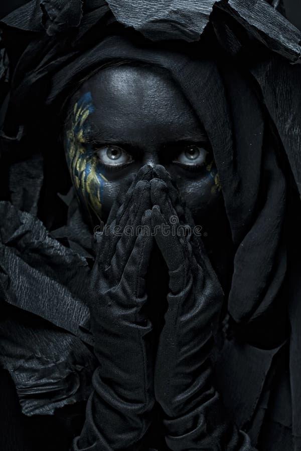 Model met zwart gezicht royalty-vrije stock fotografie