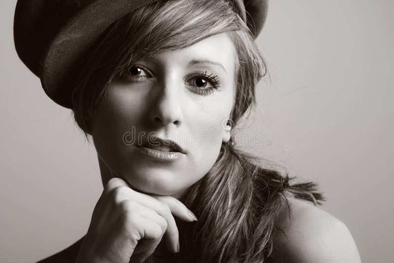 model tonårs- för hatt arkivbild