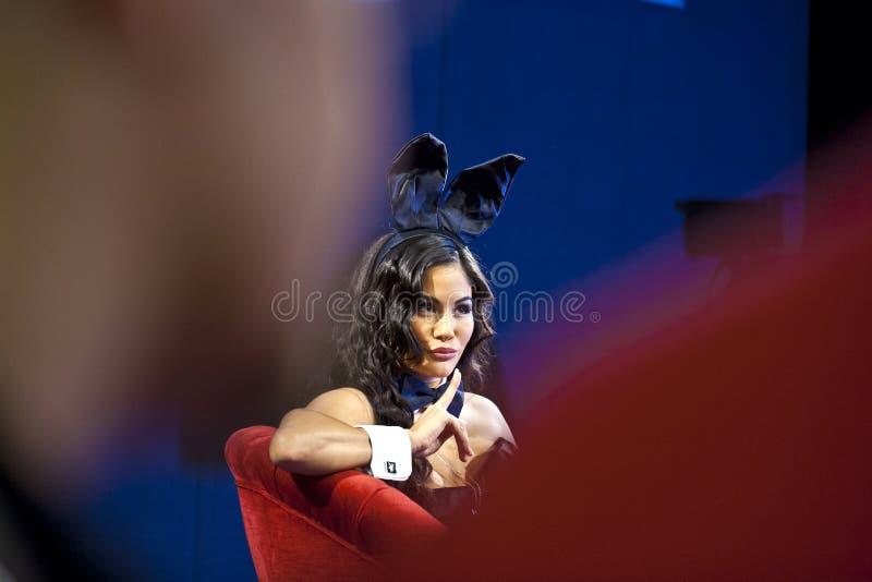 Model ubierał up jako królik przy Międzynarodowym jarmarkiem Photokina w Kolonia zdjęcia stock
