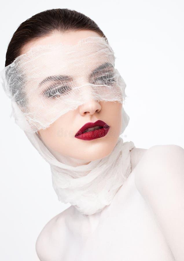 Model van het de plastische chirurgie het witte verband van de schoonheidsmake-up stock foto's