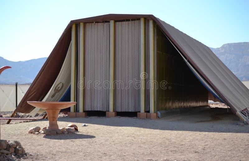 Model van Tabernakel, tent van vergadering in Timna-Park, Negev-woestijn, Eilat, Israël royalty-vrije stock foto's