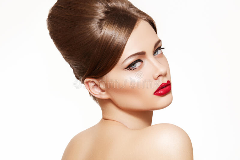 Model with vintage make-up, shiny retro hairstyle royalty free stock photos