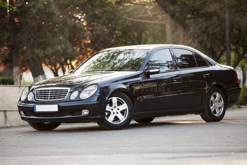 Modell för grupp för Mercedes benz e arkivfoton