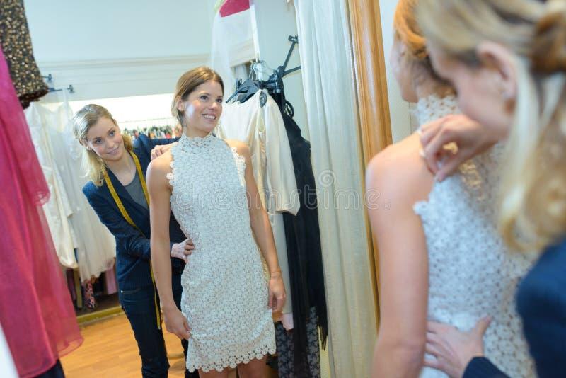 Modell för montering för modeformgivare arkivbilder