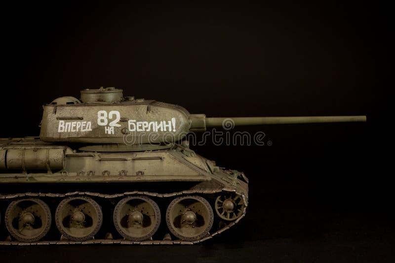 Modell för Sovjetunionen behållare T-34/85 royaltyfria foton
