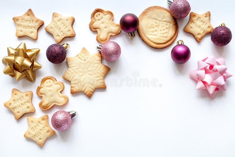 Modell för vit jul med julkakor fotografering för bildbyråer
