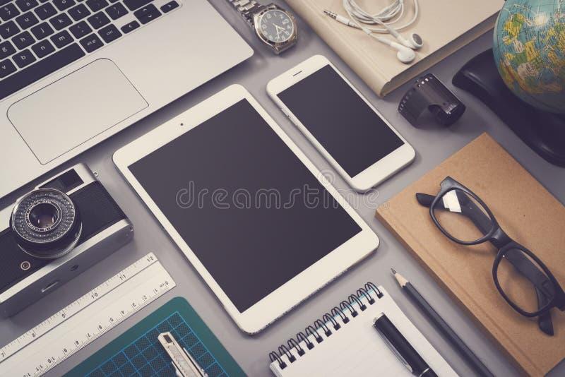 Modell för webdesign för tappningstil svars- royaltyfri fotografi
