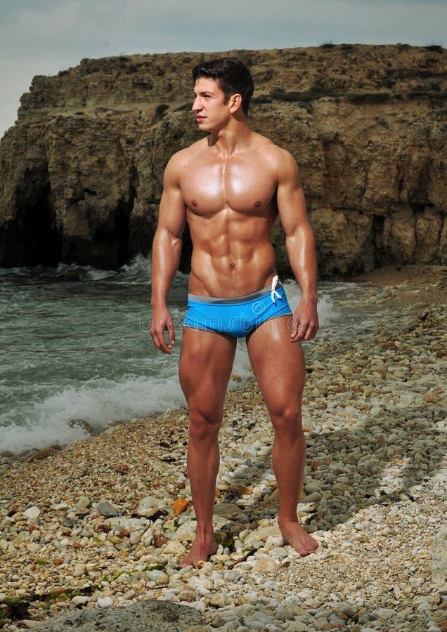 Modell på stranden fotografering för bildbyråer