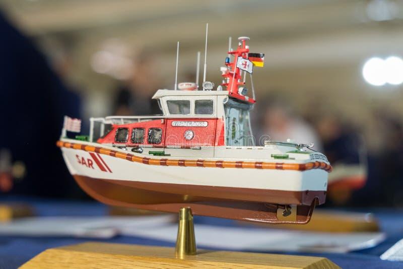 Modellbau des kleinen Bootes stockfoto
