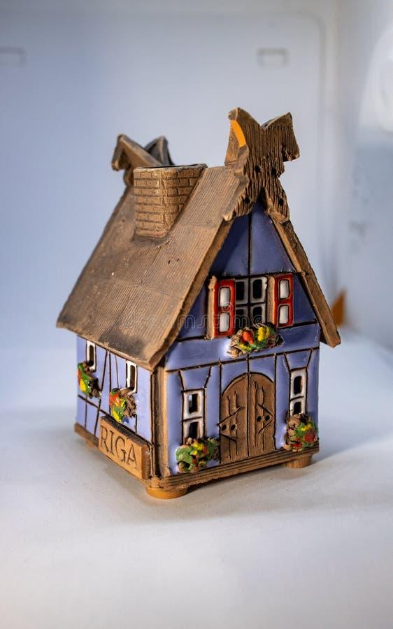 Modellera huset eller miniatyrhuset royaltyfria foton