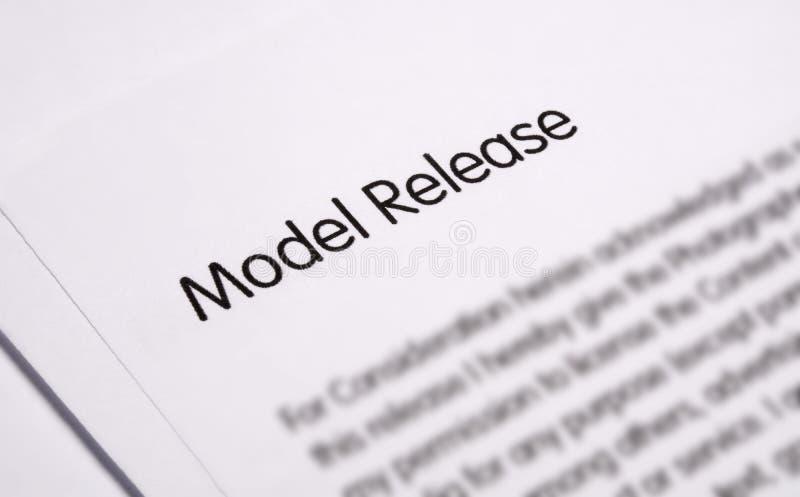 Modellfrigörardokument fotografering för bildbyråer