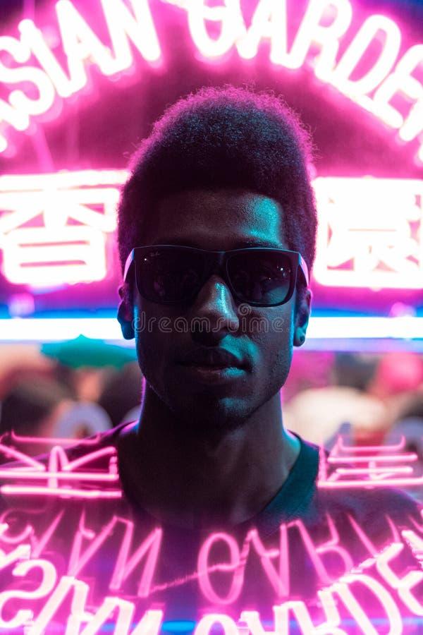 Modello al neon