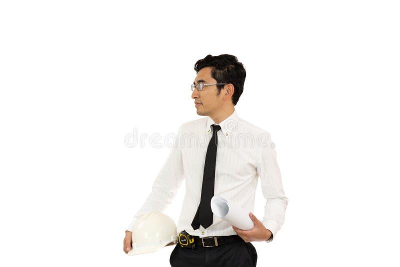 Modello asiatico ed elmetto protettivo della tenuta dell'architetto dell'uomo isolati immagine stock libera da diritti