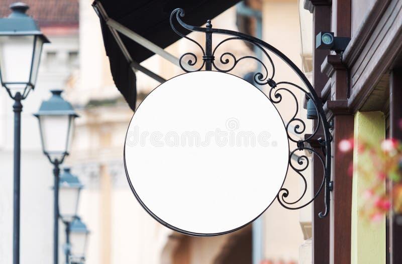 Modello in bianco arrotondato del segno della società con lo spazio della copia fotografie stock libere da diritti