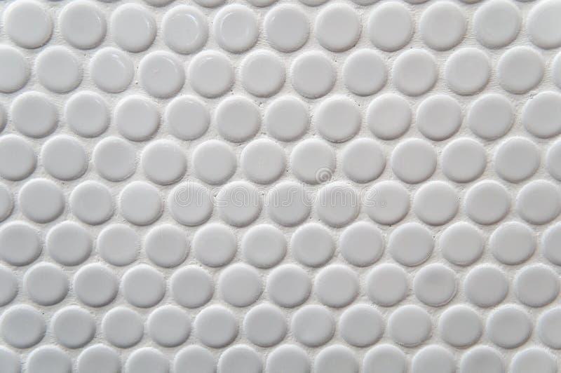 Modello bianco delle mattonelle del cerchio immagine stock libera da diritti
