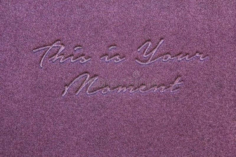 Modello creativo d'ispirazione del manifesto di citazione di motivazione Lettere dorate di alfabeto fotografie stock libere da diritti