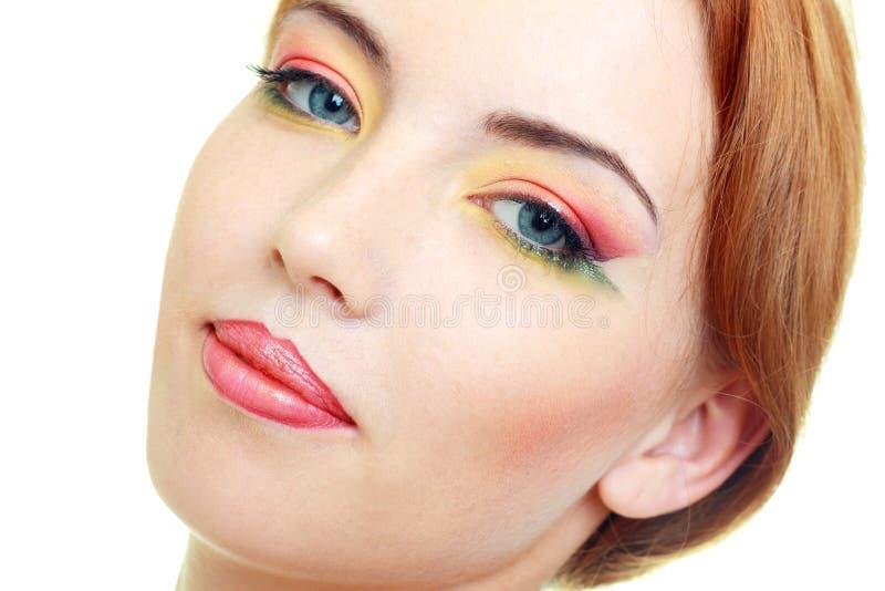 Modello della donna di modo con trucco luminoso di bellezza fotografia stock