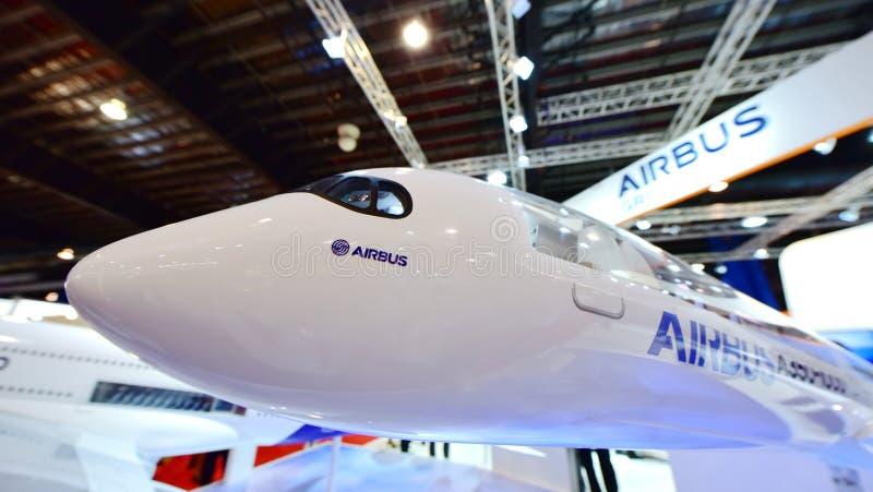 Modello di Airbus A350-1000 XWB su esposizione a Singapore Airshow fotografie stock