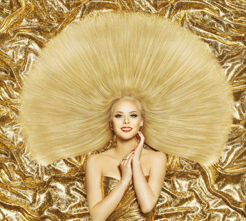 Modello di moda di stile di capelli, capelli diritti lunghi dell'acconciatura della donna fotografia stock