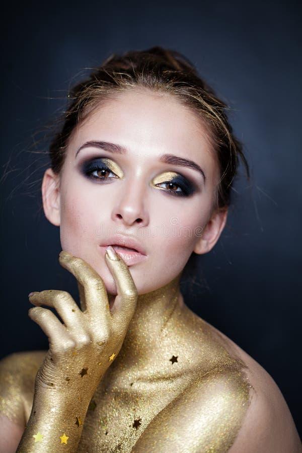 Modello di moda Woman con trucco di Halloween fotografia stock libera da diritti