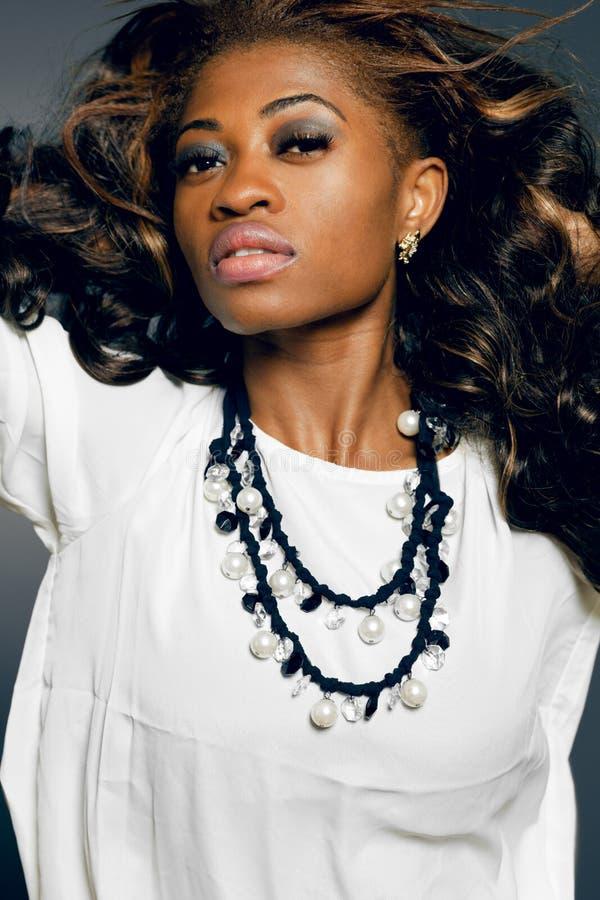 Modello di modo del African-american. fotografia stock