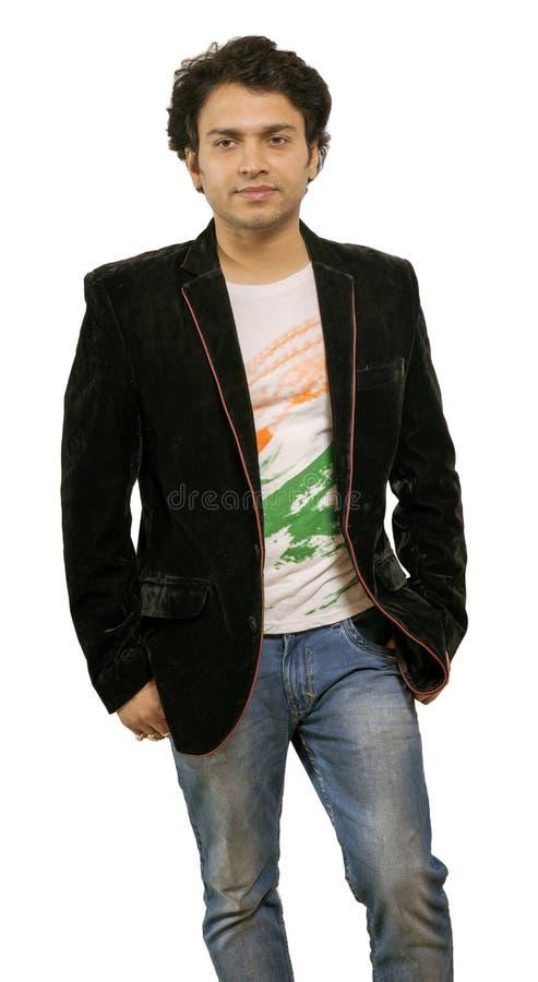 Modello maschio indiano che porta giacca sportiva nera immagini stock libere da diritti