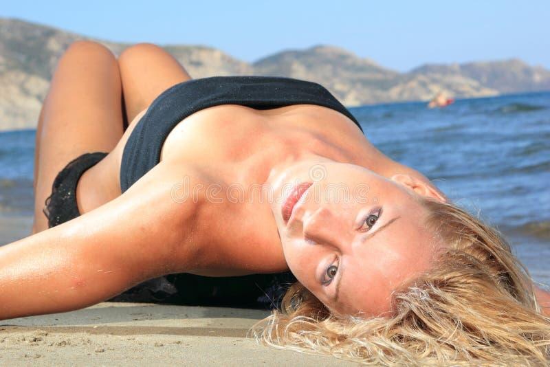 Modello sexy del bikini fotografia stock