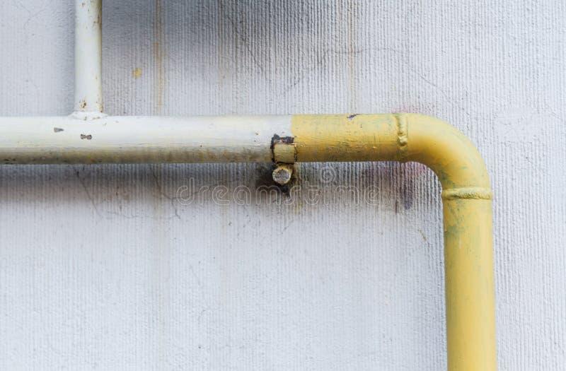 Modello: Tubi di gas gialli fotografia stock
