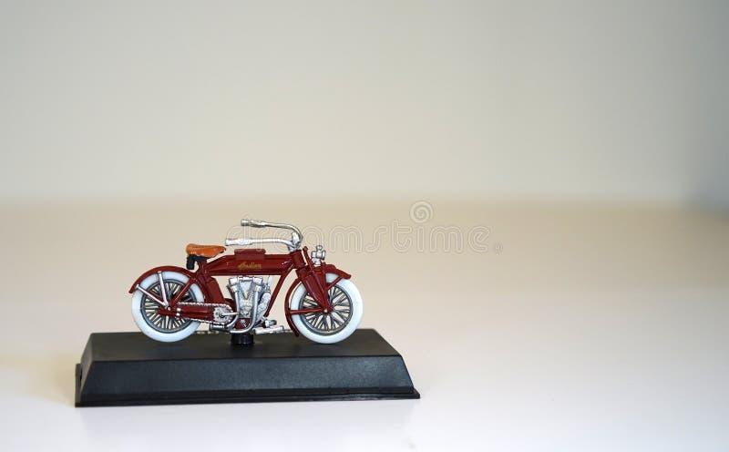 Modelo à escala - motocicleta indiana foto de stock royalty free