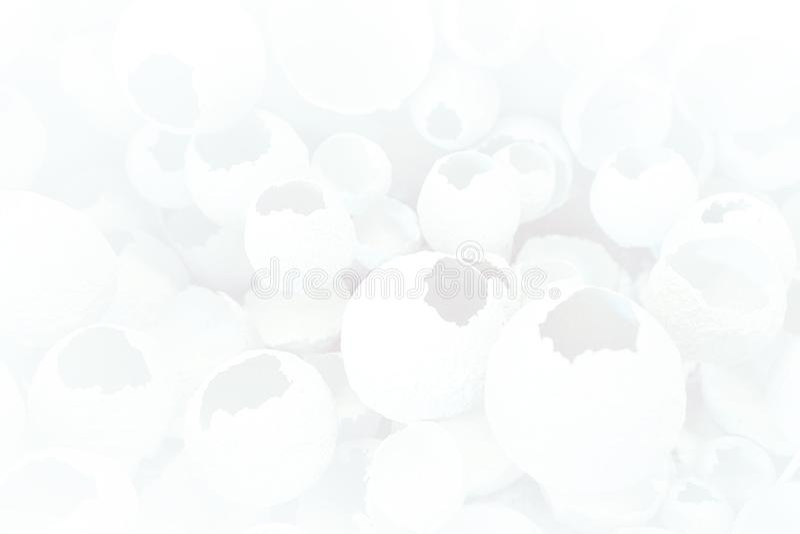 Modelo agrietado de los huevos como fondo gris blanco Visión superior, endecha plana, foco selectivo libre illustration
