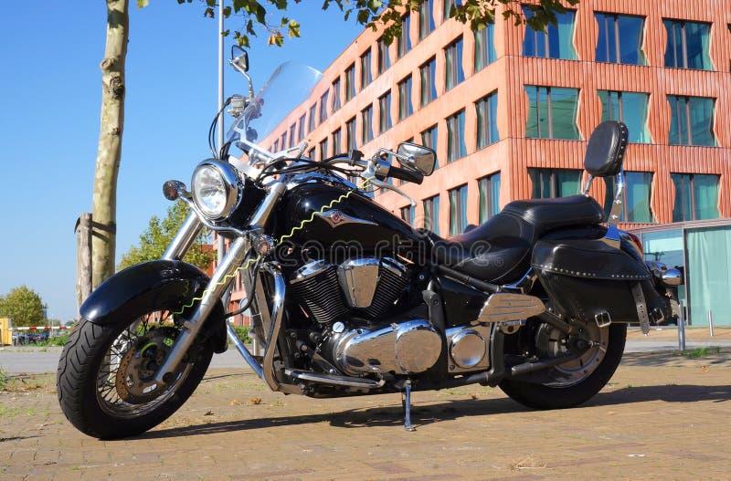 Modelo clássico VN900B da motocicleta de Kawasaki Vulcan 900 imagens de stock