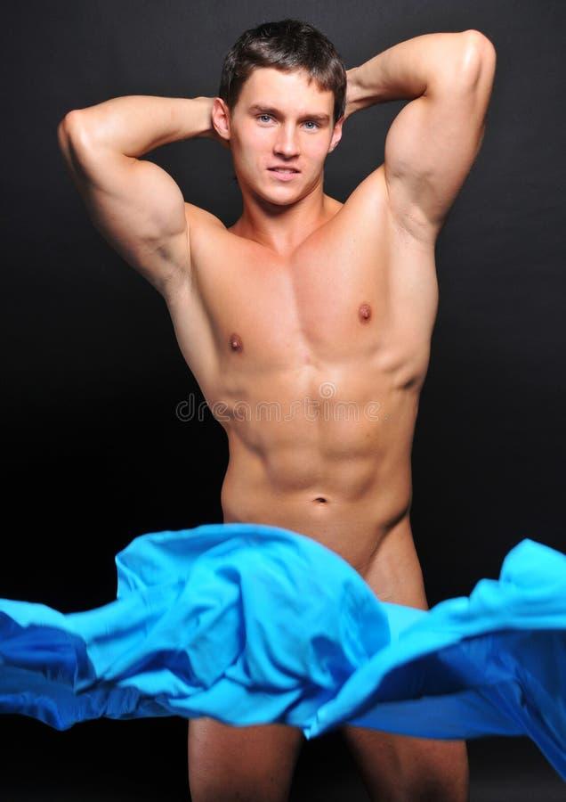Modelo com matéria têxtil azul fotos de stock royalty free