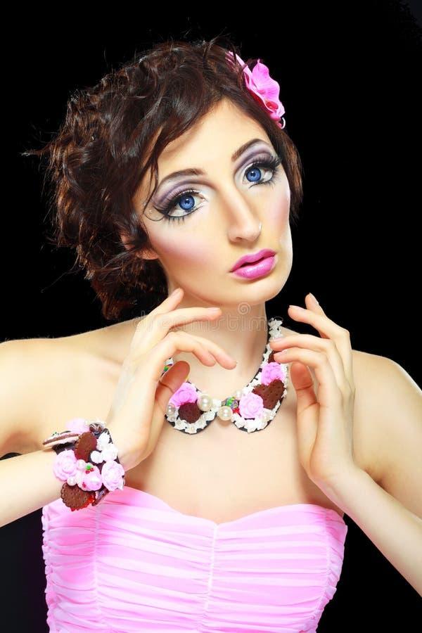 Modelo con maquillaje de la muñeca de barbie fotografía de archivo libre de regalías