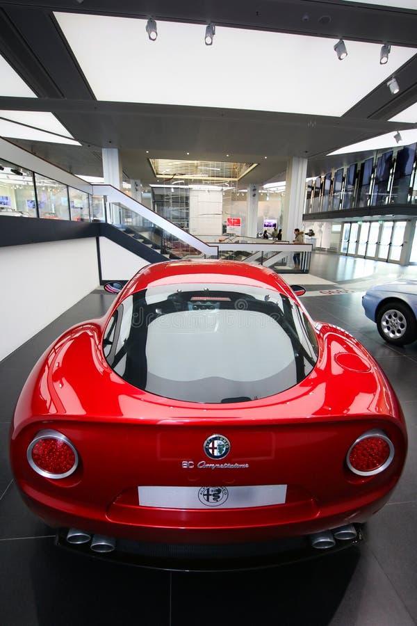 Modelo de Alfa Romeo 8C Competizione na exposição no museu histórico Alfa Romeo fotografia de stock royalty free