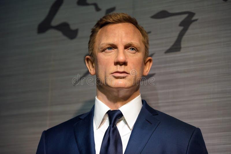 Modelo de cera de Daniel Craig na exposição na senhora Tussauds fotos de stock