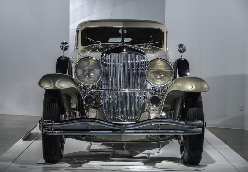Download Modelo 1931 De Duesenberg J Rollston Foto Editorial - Imagem de luxurious, historic: 65580486