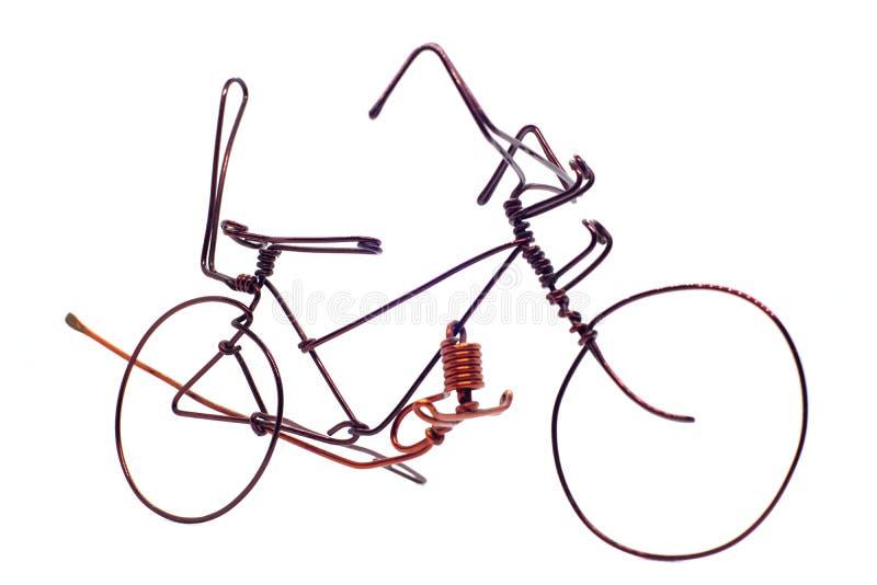 Modelo de la bicicleta del alambre de cobre foto de archivo libre de regalías
