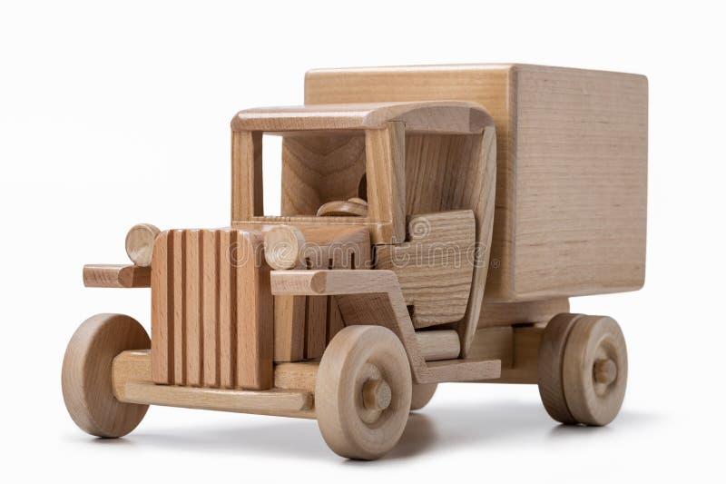Modelo de madeira do carro de frete retro em um fundo branco fotos de stock